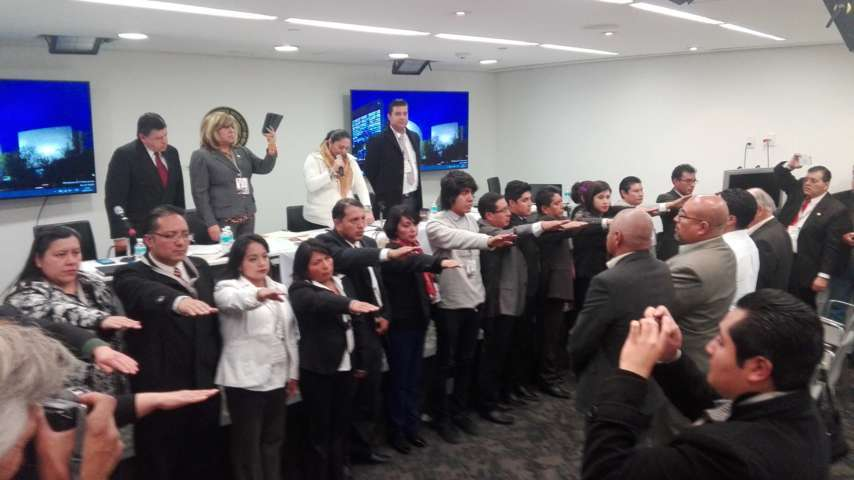 A.C de Tlaxcala rinde protesta en el interior del Senado