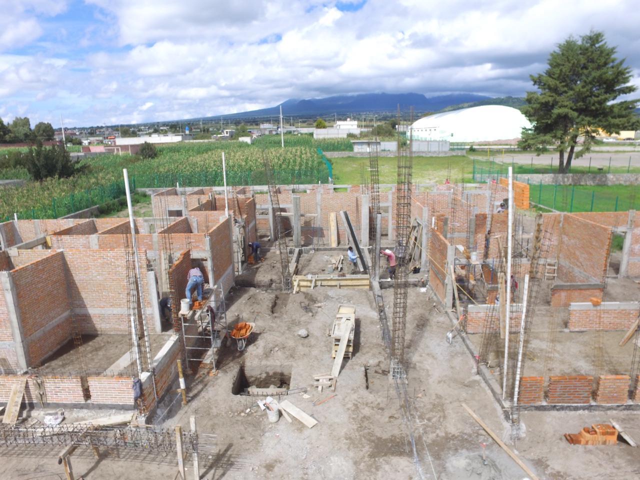 Avanza al 35 % construcción del SMDIF, UBR y Casa del Abuelo de Ixtenco
