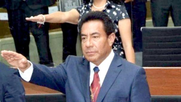 Achichincle del Ejecutivo insiste en que su patrón mande en el Congreso