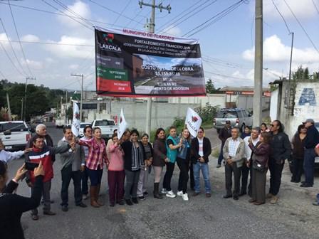 Dan banderazo de inicio de obras en Cuauhtelulpan y Tepehitec