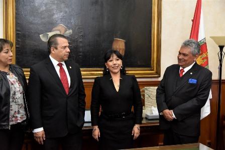 Recibe alcaldesa visita de la Logia del Gran Valle de México