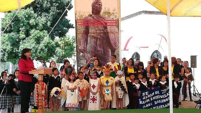 Trabajar y luchar por Tlaxcala, el mejor homenaje a Xicohténcatl