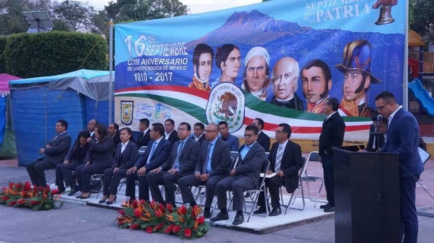 Realizan desfile conmemorativo a la Independencia de México en San Pablo del Monte