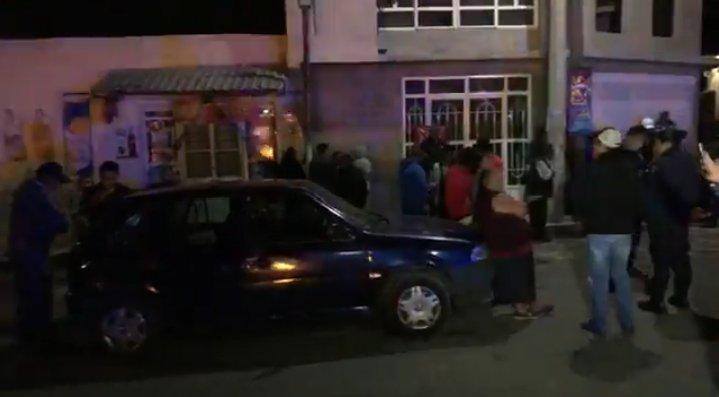 Por ineptos policías de Chiautempan confunden a vecinos con huachicoleros