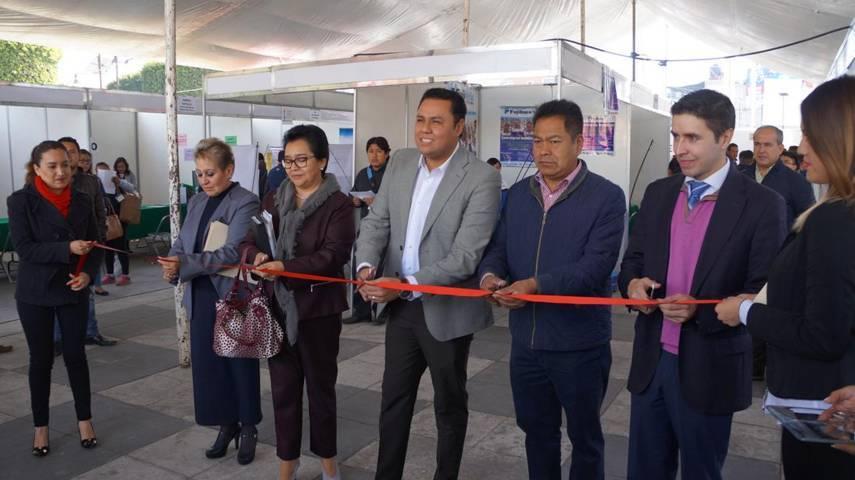 Llevan a cabo Feria del Empleo en San Pablo del Monte