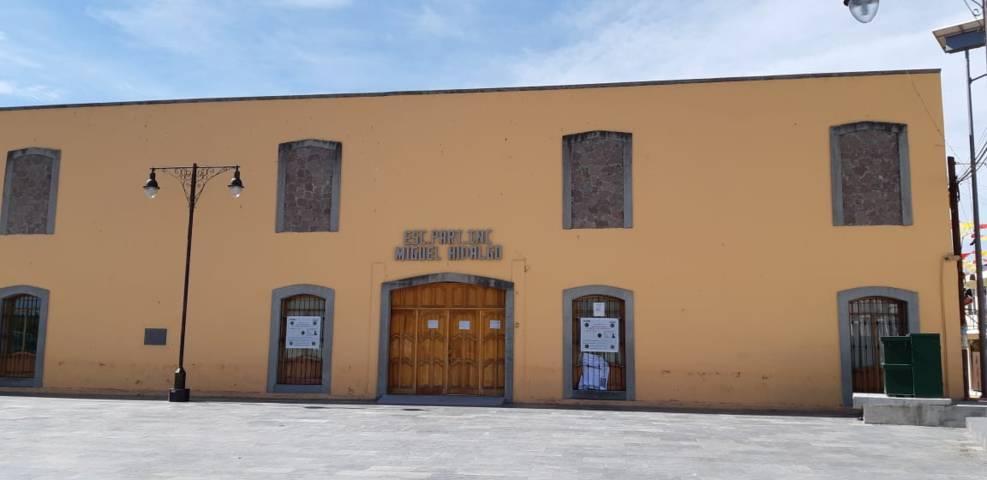 Colabora ayuntamiento de Ixtenco con diversos planteles educativos para una mejor formación