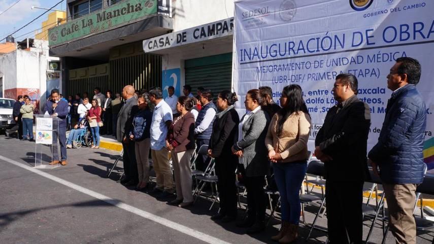 Alcalde municipal y esposa inauguran rehabilitación del edificio del SMDIF en SPM
