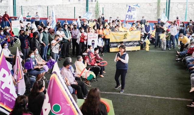 Reitera Anabel Ávalos que implementará programa de guarderías