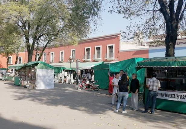 Artesanos repudian a Corichi; rechazan propuestas para ser reubicados