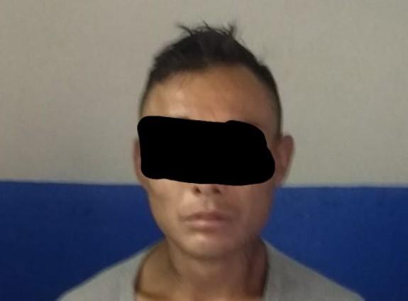 Detienen policías de Chiautempan a dos asaltantes