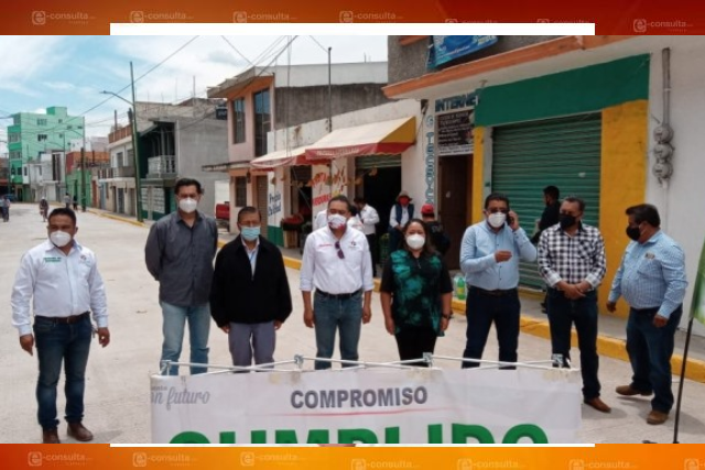 Domínguez inaugura rehabilitación de la calle Libertad que mejorará movilidad