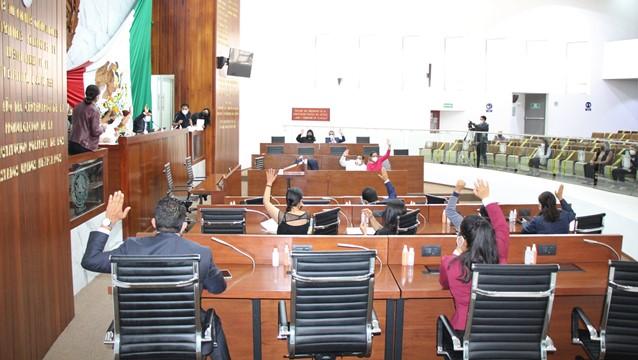 Declara válidas reformas constitucionales que reconocen nuevo derechos