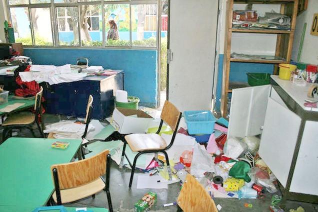Delincuentes aprovechan confinamiento para saquear instituciones educativas
