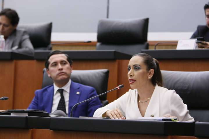 Exige Adriana Dávila a PGR contundencia en el combate a la trata
