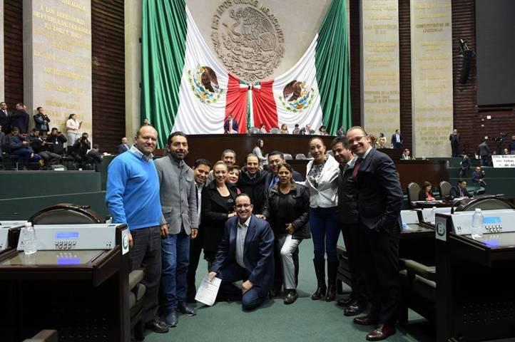 Favorece Juan Corral reformas a leyes en pro de los derechos de la mujer