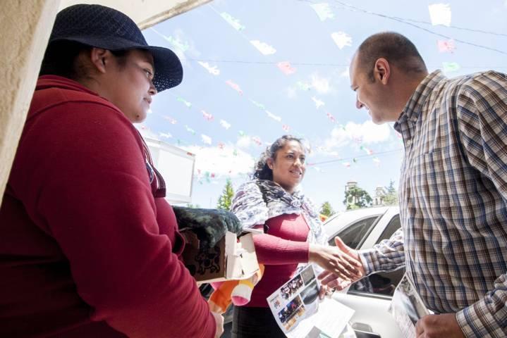 Reciben en Tetla informe de actividades legislativas de Juan Corral Mier
