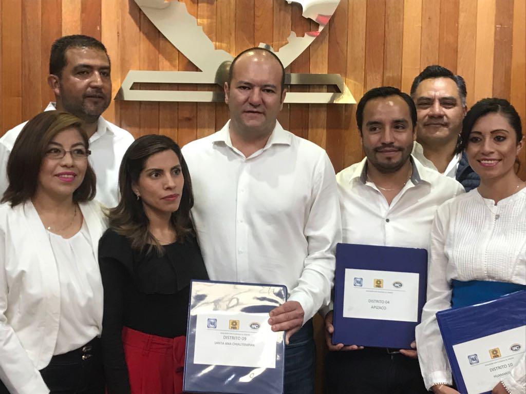 Solicitó Juan Corral ante ITE registro de candidatura a diputado local