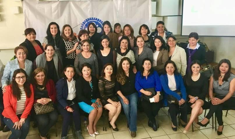 Participa Adriana Dávila en foro Mujeres al Frente: Reconstruyendo México