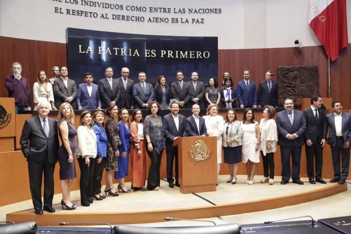 Participa Adriana Dávila en la construcción de la agenda del GPPAN en Senado