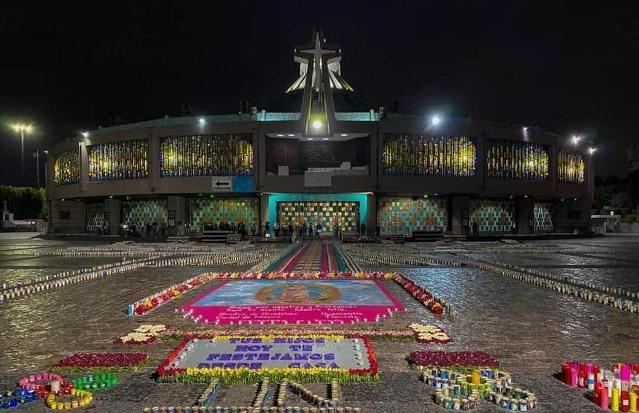 Artesanos de Huamantla se imponen en el atrio de la basílica de Guadalupe
