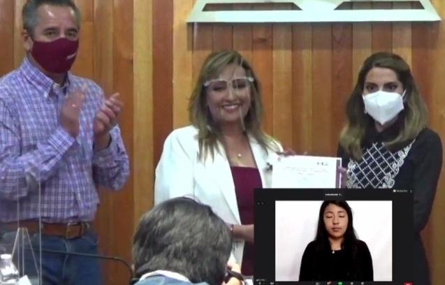 Lorena Cuéllar recibe su constancia de mayoría como gobernadora electa