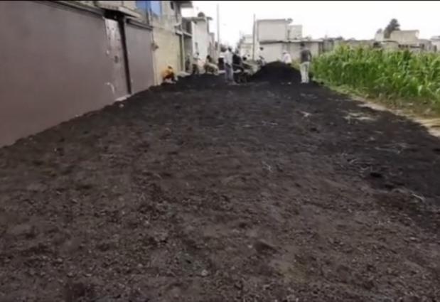 En Ixtacuixtla mejoran los caminos con aplicación de fresado de asfalto