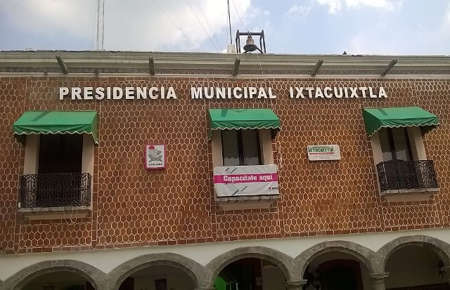 Descartan recorte de personal en el ayuntamiento de Ixtacuixtla