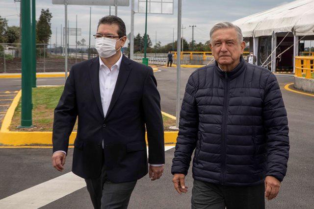 Presidente AMLO y Marco Mena inauguran paso vehicular Ocotoxco