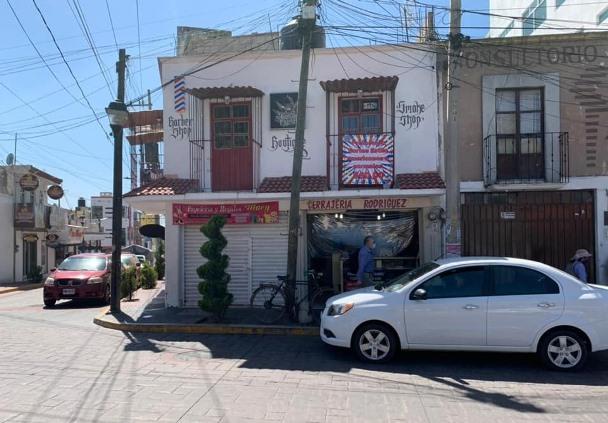 Sujeto muere al interior de una papelería en Zacatelco