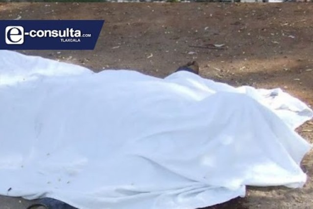 Sujeto desbarranca de una azotea y muere en Tlaxco