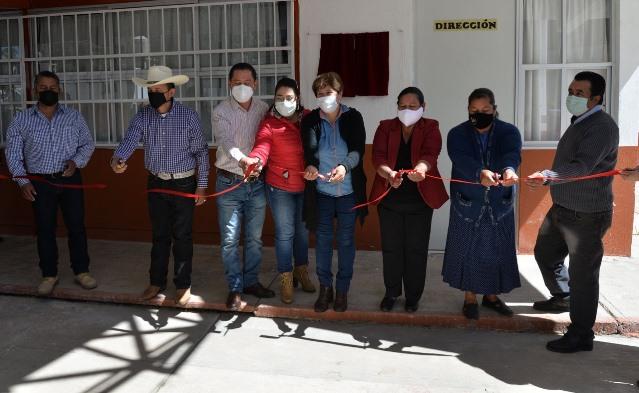 Sánchez Flores inaugura techumbre de escuela Josefa Ortiz de Domínguez