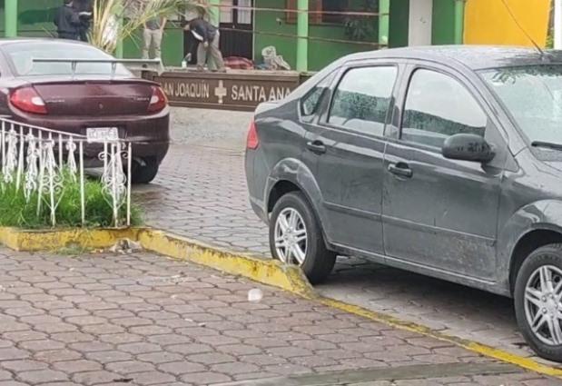Localizan el cadáver de una mujer frente la presidencia de Nopalucan