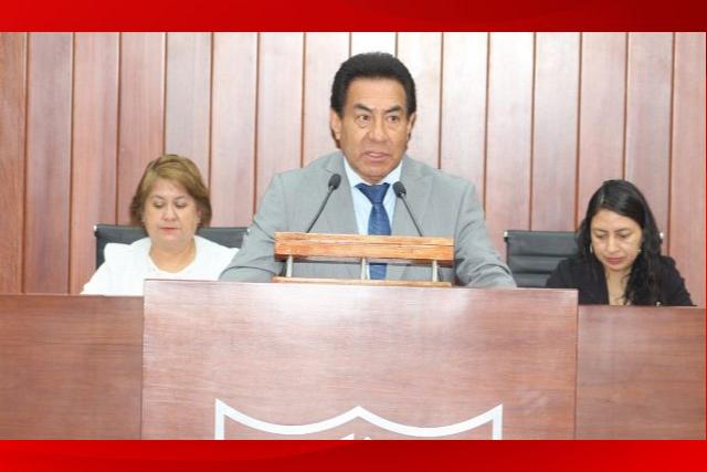 Sigue hospitalizado el diputado local morenista Víctor Báez