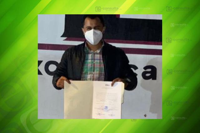 Recibe Luis Ángel Barroso constancia de mayoría como alcalde de Xicohtzinco