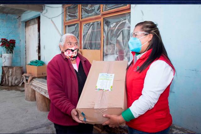 Distribuye DIF y Supérate apoyos alimentarios a familias de Calpulalpan