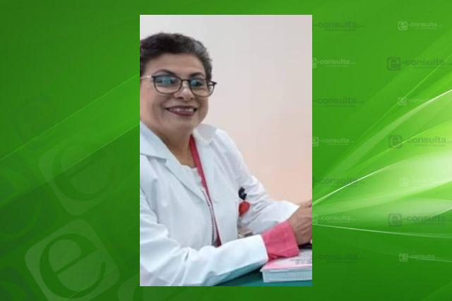 Doctora abusiva de SESA se pasa por el arco del triunfo esquema de vacunación