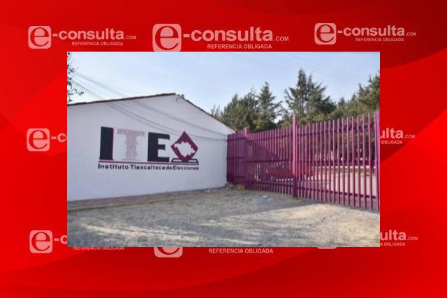 Renunciaron funcionarios electorales del Consejo Municipal de Tequexquitla
