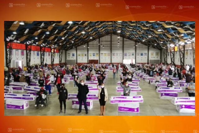 Entrega alcalde de Huamantla calentadores a personas discapacitadas