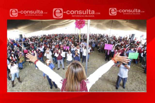 Lorena Cuéllar recibe respaldo masivo en San Pablo del Monte