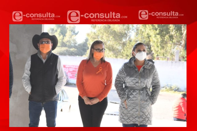 Michaelle Brito realiza arranque de obra del Centro Expositor de Tlaxco
