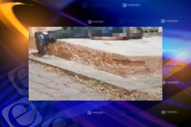 Muere sujeto frente a la presidencia municipal de Amaxac