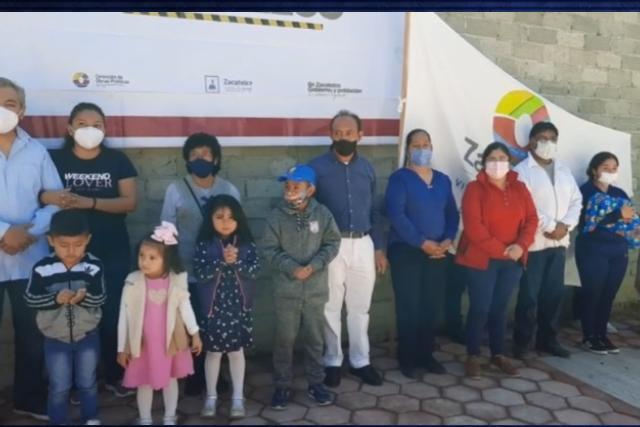 Tomás Orea entrega obra en calle Progreso del municipio de Zacatelco