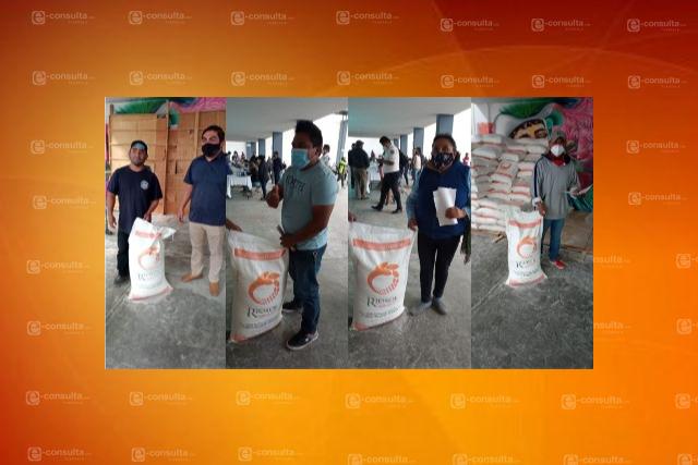 Ayuntamiento de Totolac beneficia a más de 500 familias de tahoneros con harina