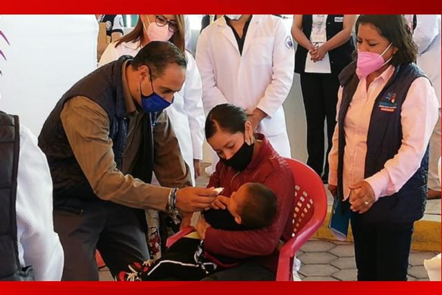 En Santa Úrsula Zimatepec arrancó la jornada de vacunación de salud