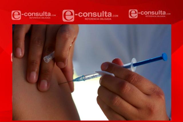 Con más de 15 mil dosis inicia vacunación contra Covid-19 en 11 municipios