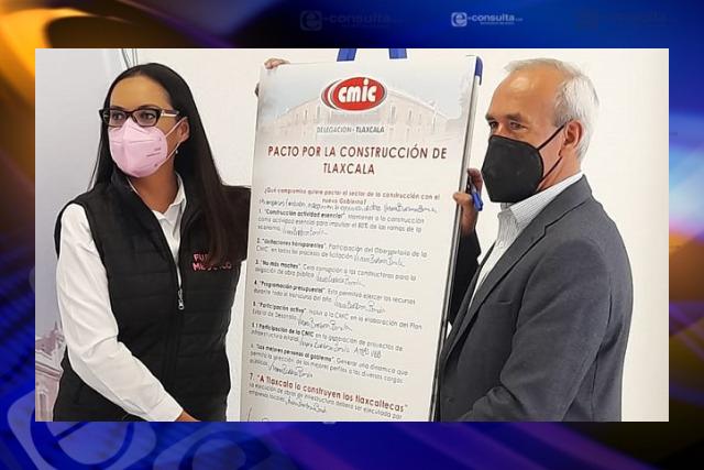 Presentan Viviana Barbosa macro proyectos de obras a constructores