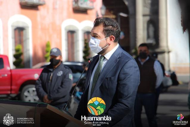 Reconoce edil de Huamantla a trabajadores de la salud