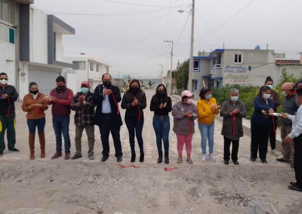 Entregan pavimentada la Calle Palmas en San Miguel Contla