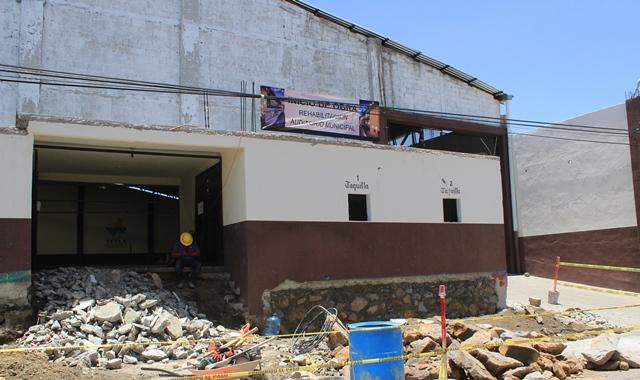 Inicia remodelación del auditorio de Tetla de la Solidaridad