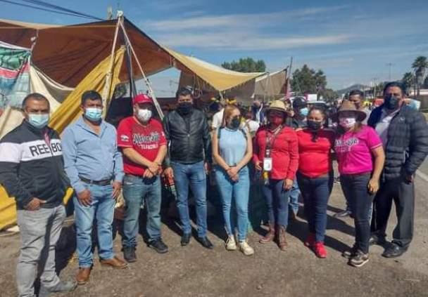 Edil de Tzompantepec se apropia de tramo federal con aval de diputado